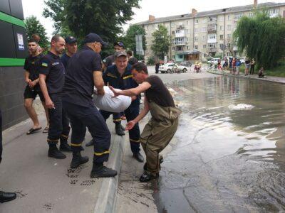 Повінь у Могилеві-Подільському: допомагає навіть сусідня Молдова