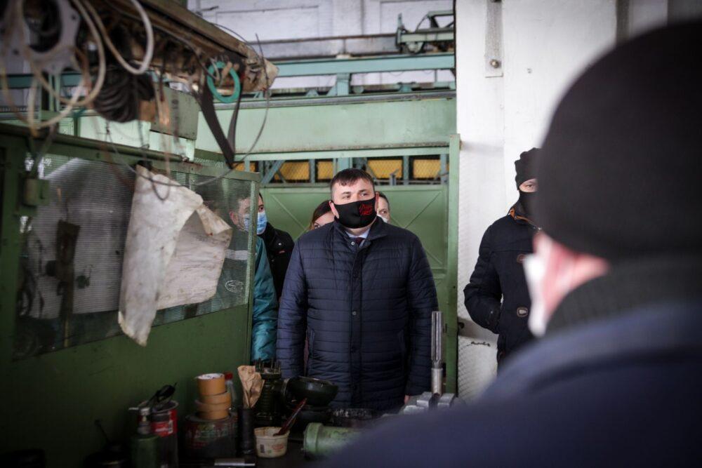 У вінницького 45-го заводу буде новий директор, Миколі Чумаку запропонували стати радником