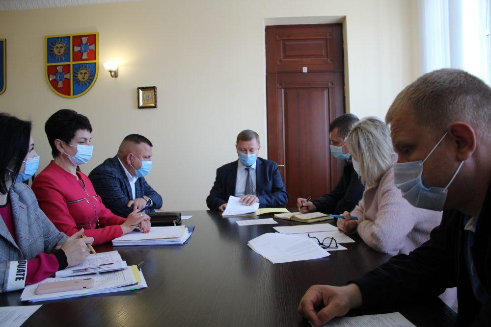 У Вінницькій обласній раді створили робочу група для з'ясування ситуації із школою-інтернат у Сутисках
