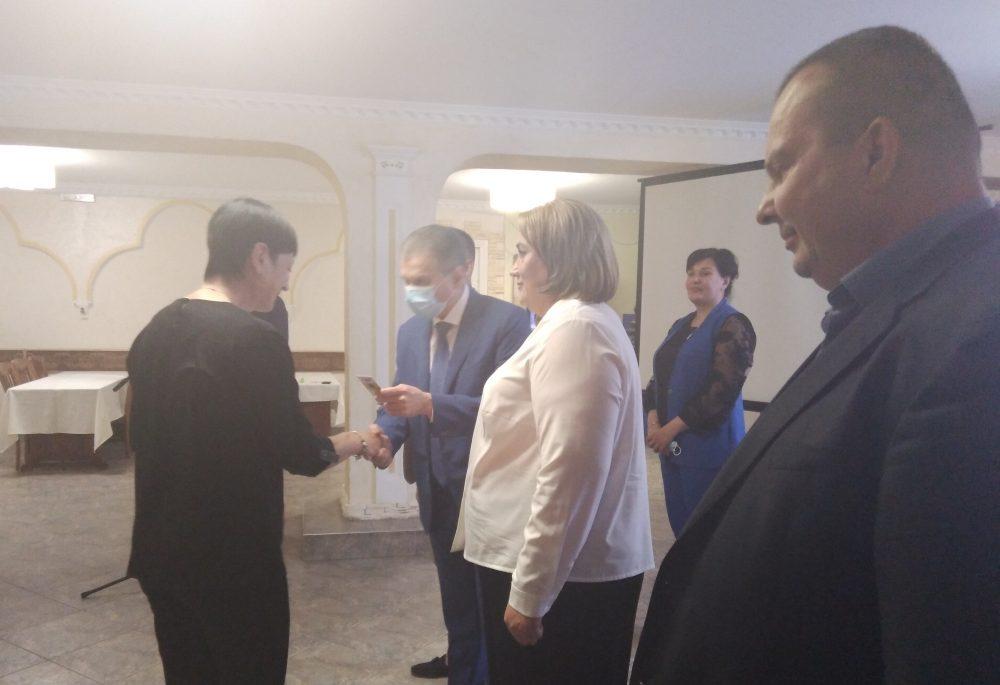 """Перші збори партійної організаці """"Української Стратегії Гройсмана"""" пройшли у Чернівцях"""