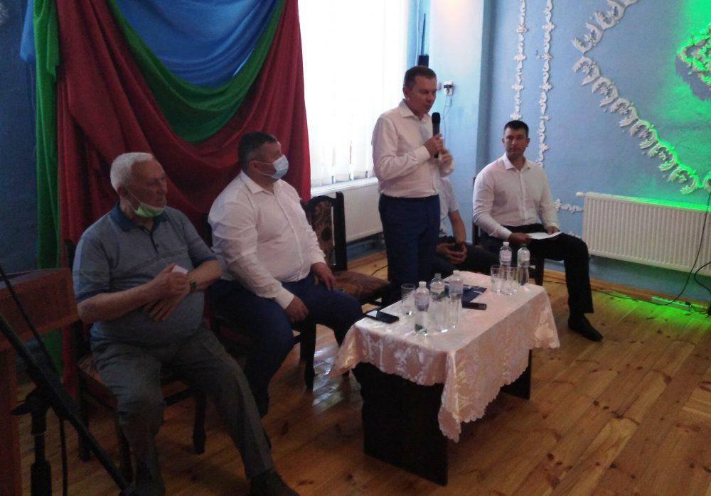 """У Гайсині пройшли збори міської партійної організації """"Української Стратегії Гройсмана"""""""